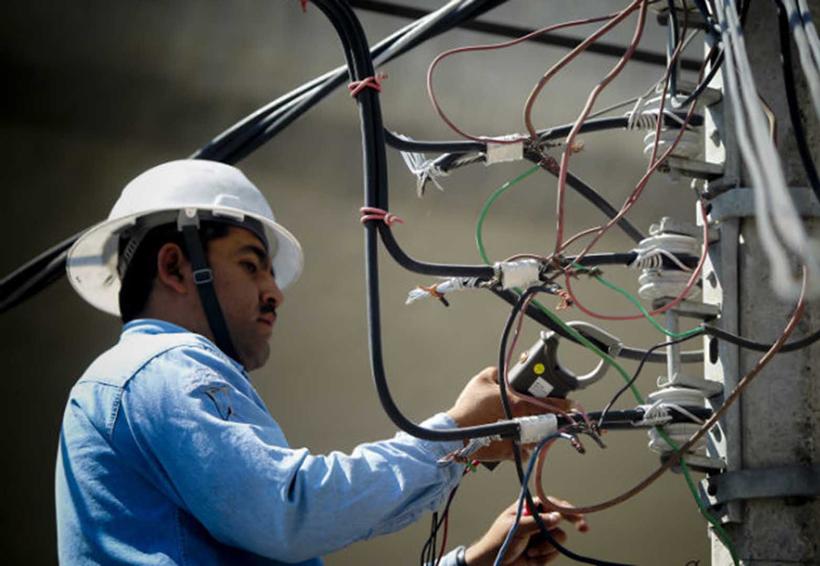 CFE buscará fideicomiso de inversión en energía en la BMV | El Imparcial de Oaxaca