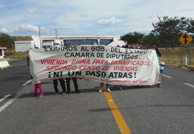 Damnificados de Juchitán siguen molestos | El Imparcial de Oaxaca