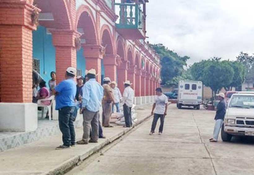 Desconocen en San Jorge Nuchita a autoridades   El Imparcial de Oaxaca