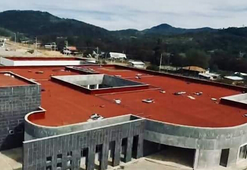 Dan luz verde para culminar Hospital de Especialidades en Tlaxiaco