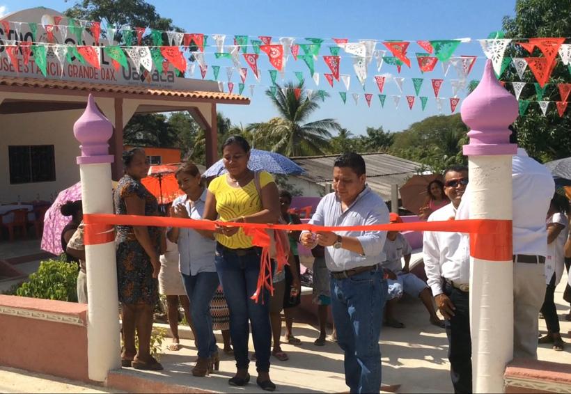 Inauguran obras en San Pedro Jicayán, Oaxaca | El Imparcial de Oaxaca