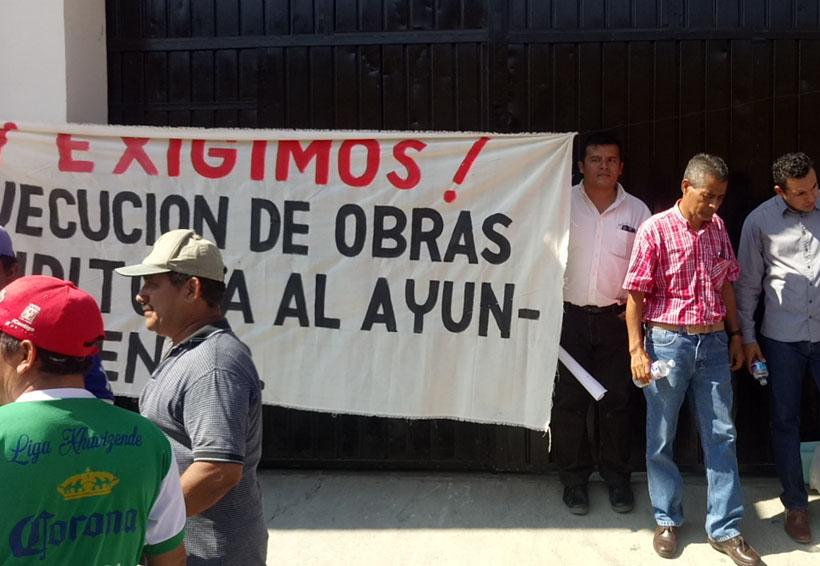 Manifestaciones desquician las calles de Juchitán, Oaxaca