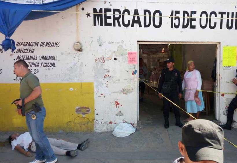 Muere afuera del mercado de Pochutla, Oaxaca | El Imparcial de Oaxaca