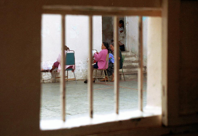 Mujeres trafican con la miseria | El Imparcial de Oaxaca