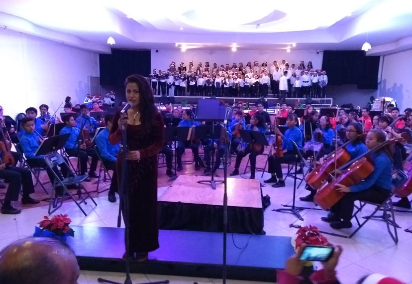 Presenta concierto navideño en Huajuapan de León, Oaxaca