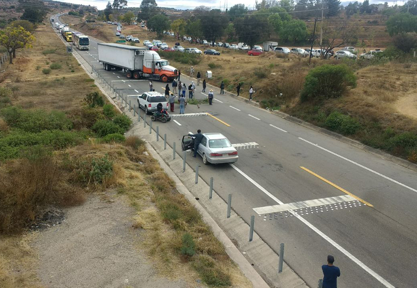 Agreden a integrantes de Covic; bloquean súper carretera en Oaxaca | El Imparcial de Oaxaca