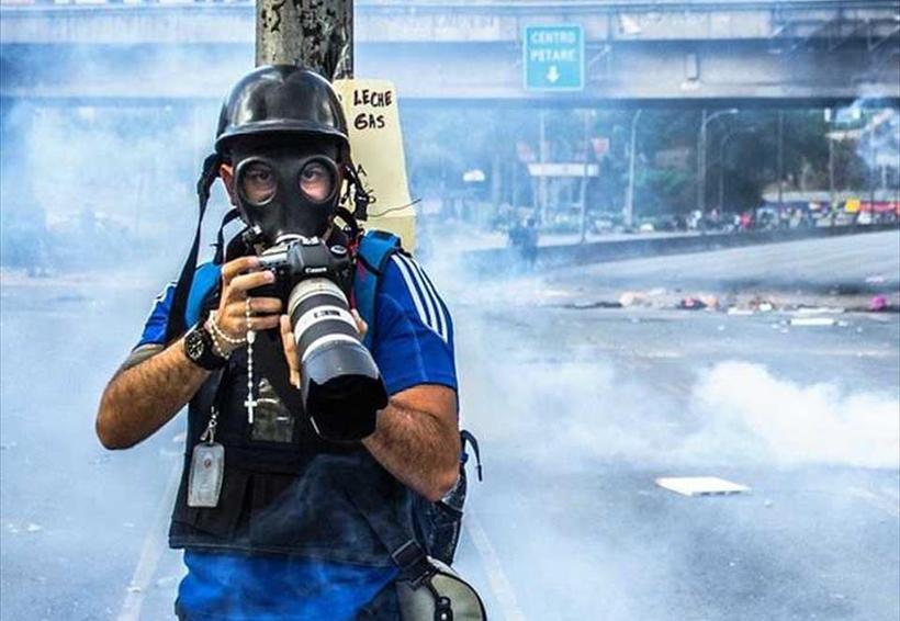 Agresiones a periodistas y cierre de 69 medios en Venezuela este 2017 | El Imparcial de Oaxaca