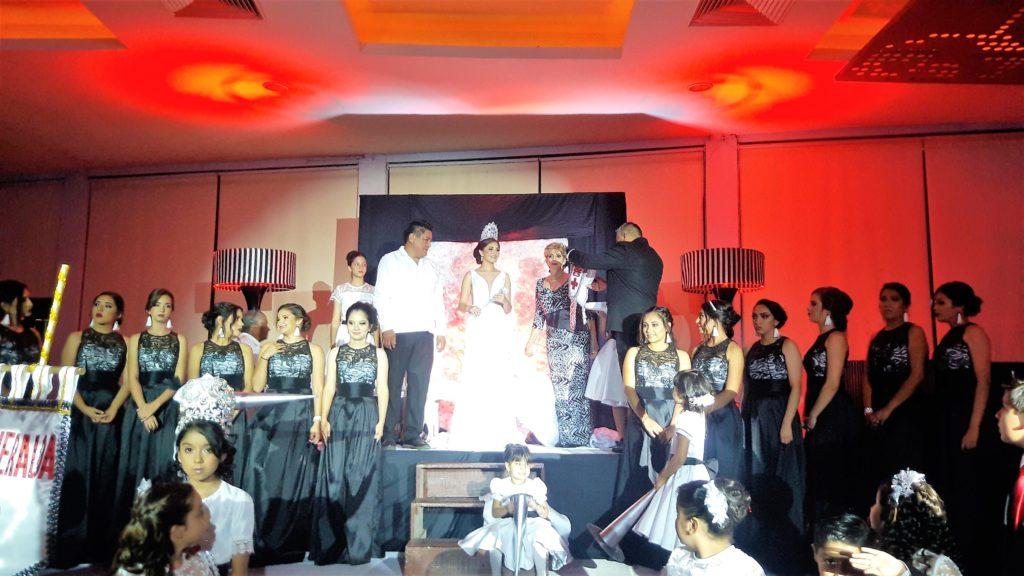 Coronan a Esmeralda, reina de Cruz Roja Mexicana Delegación Tuxtepec | El Imparcial de Oaxaca