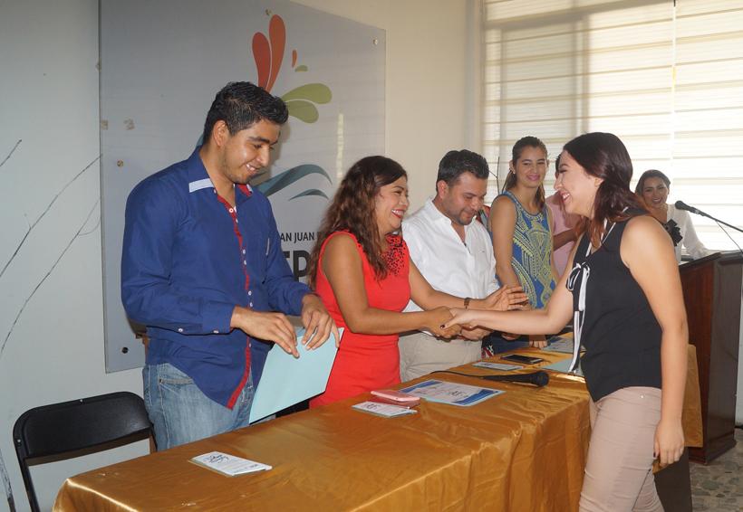 Más de 30 jóvenes de Oaxaca son reconocidos como Talento IMJUT | El Imparcial de Oaxaca