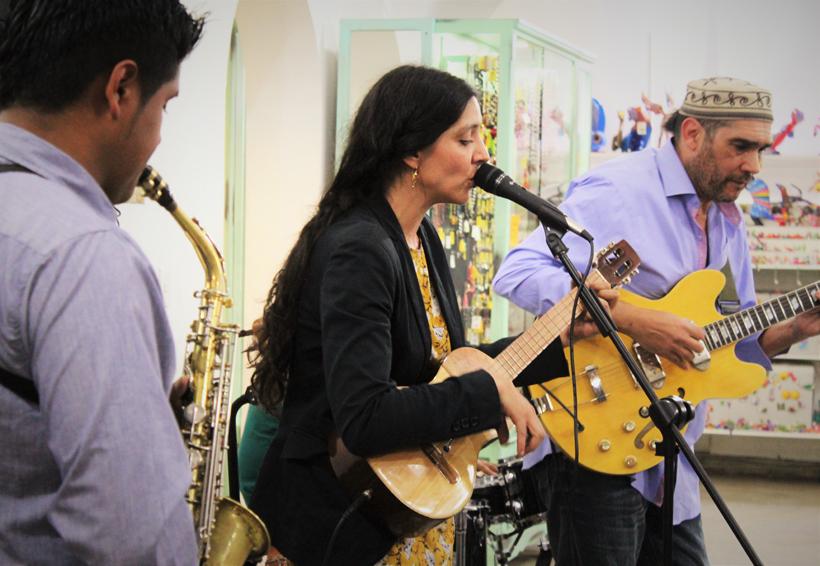 Paulina y el buscapié: por la música sin fronteras
