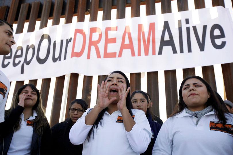 Fundador de Amazon dona 33 mdd para becas de 'dreamers' | El Imparcial de Oaxaca