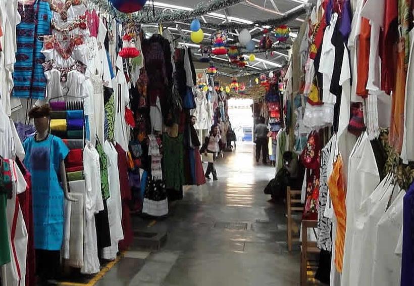 Buscan reactivar economía del Mercado de Artesanías de Oaxaca