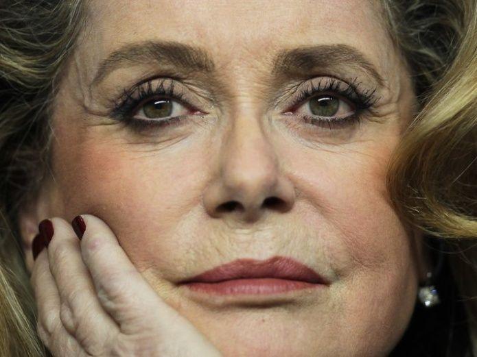 La actriz gala Deneuve se disculpa con víctimas de abusos | El Imparcial de Oaxaca