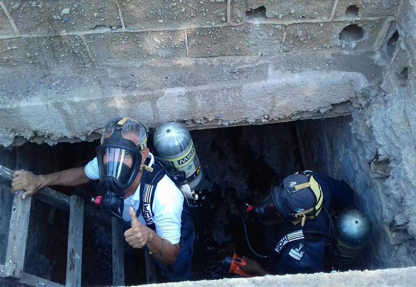 Colapsa la red de drenaje  de la Zona Naval en Salina Cruz, Oaxaca
