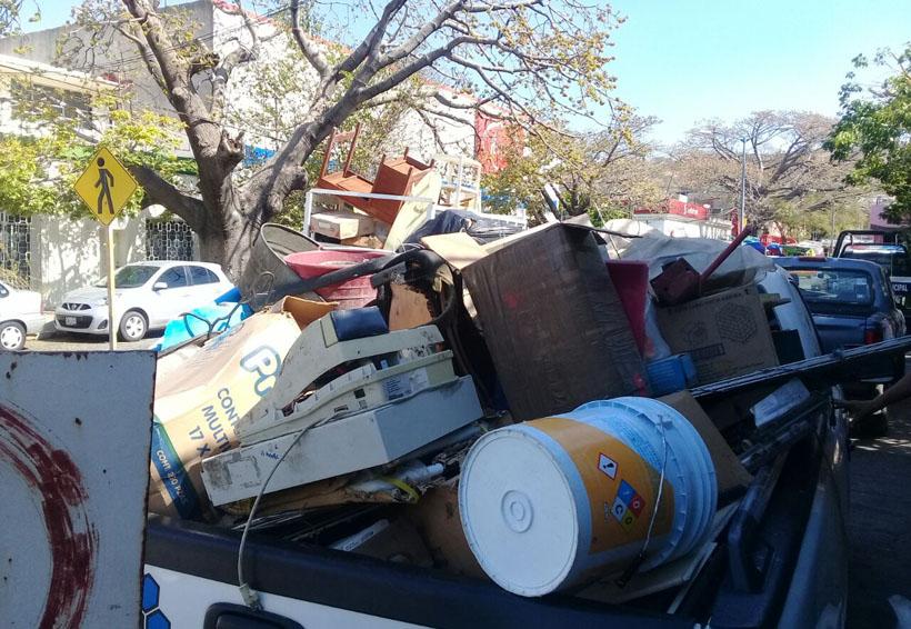 Desalojan a particular en la zona centro de Salina Cruz, Oaxaca