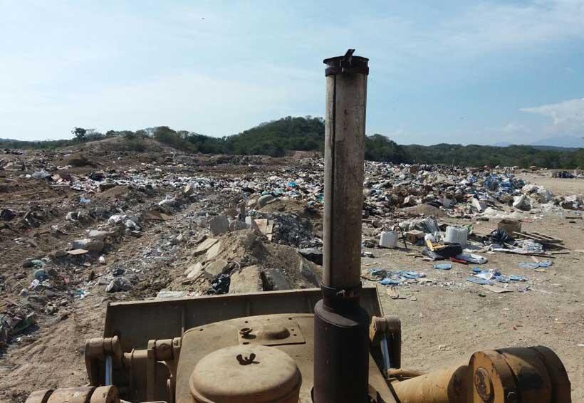 Exigen a Fonatur dar  mantenimiento a basurero en Huatulco, Oaxaca