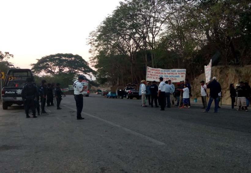 Liberan carretera de Pinotepa Nacional, Oaxaca | El Imparcial de Oaxaca