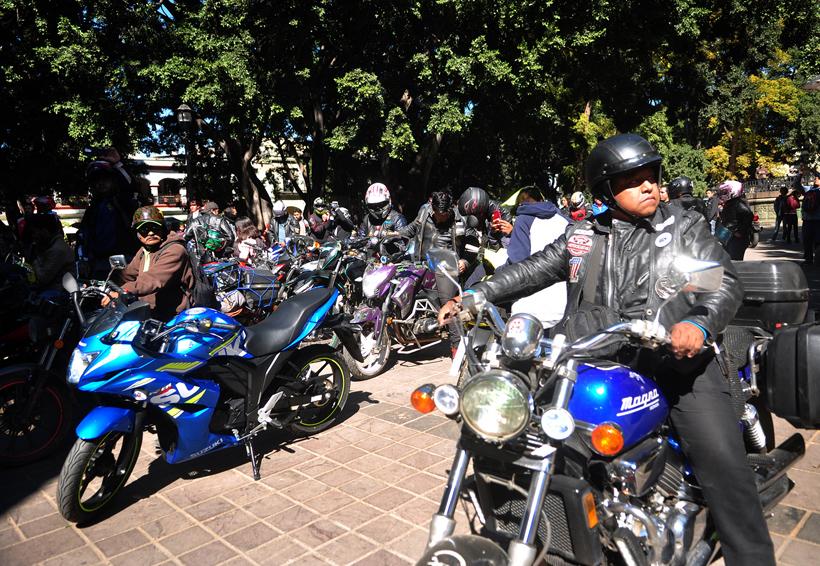 Se rebelan motociclistas en Oaxaca contra pago de impuestos | El Imparcial de Oaxaca