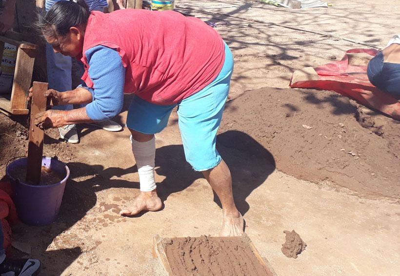 Mujeres de Asunción Ixtaltepec edifican sus sueños