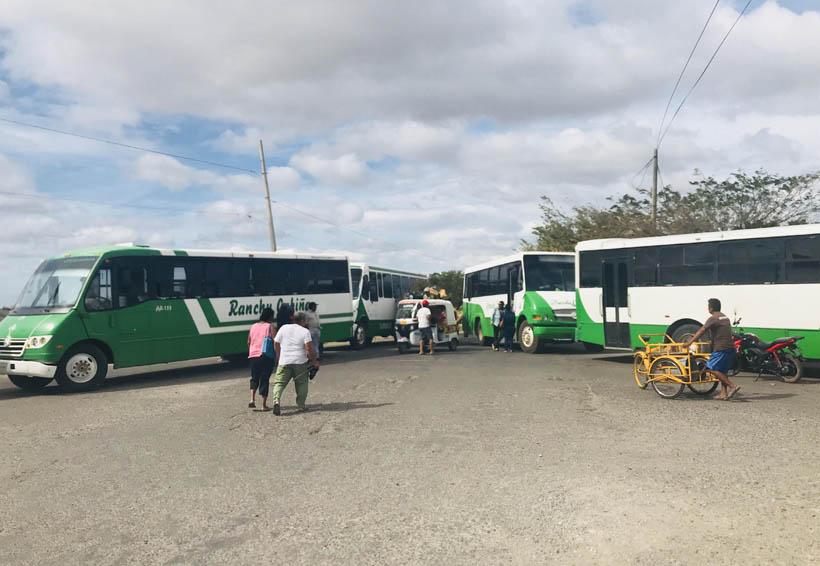Transportistas del Istmo demandan  operativos contra taxis pirata   El Imparcial de Oaxaca