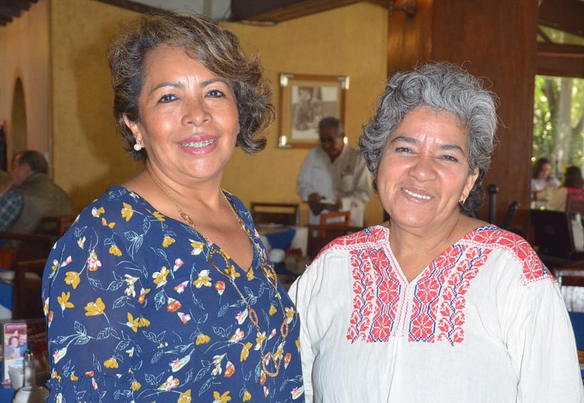 Muestras  de afecto para Lety y Lupita