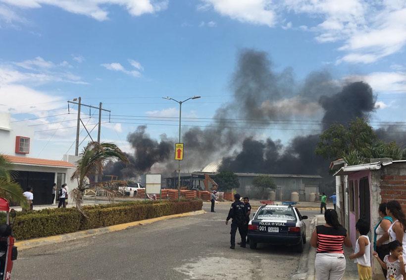 Pánico en Salina Cruz por incendio
