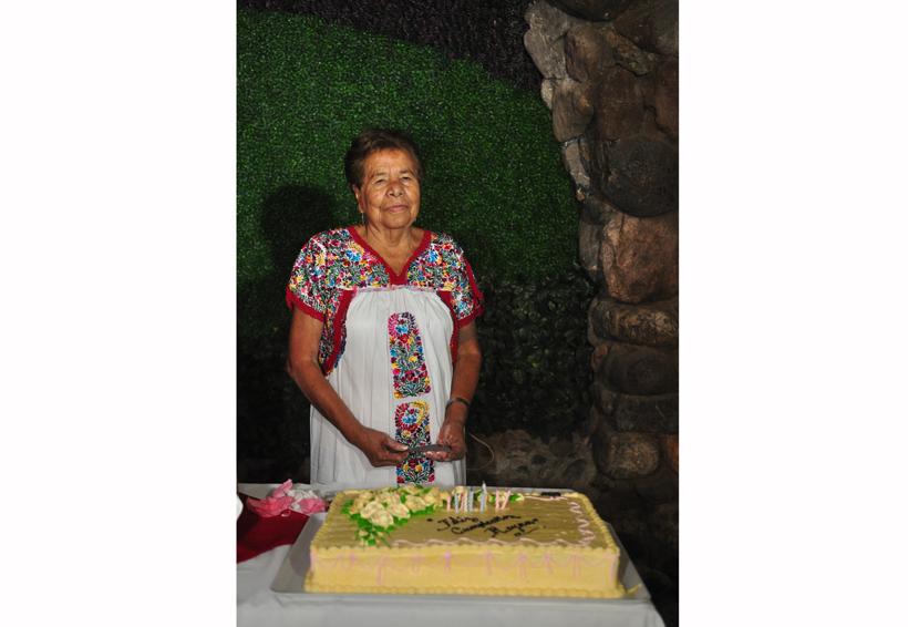 Reyna cumplió 75 años