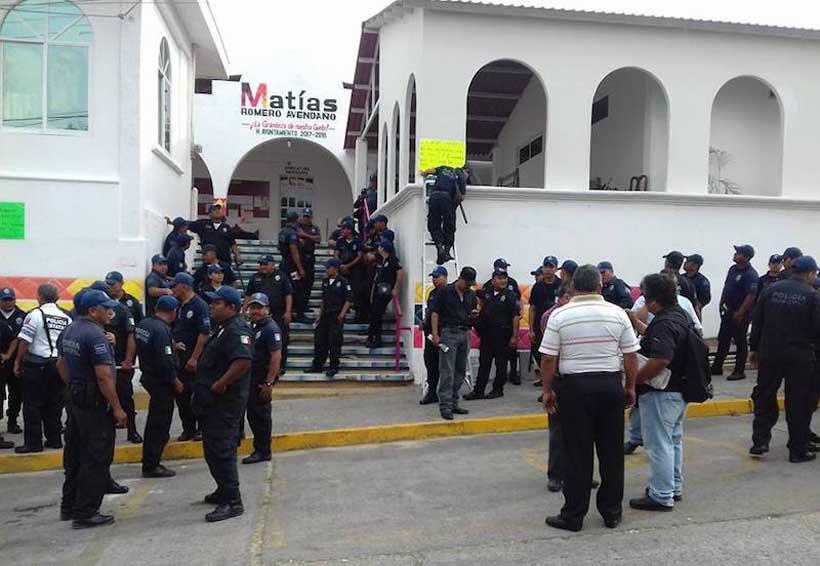 De civil patrullan las calles los policías de Matías Romero