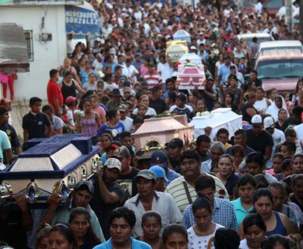 Fallecen 13 personas por desplome de helicóptero en la Costa; siguen las investigaciones