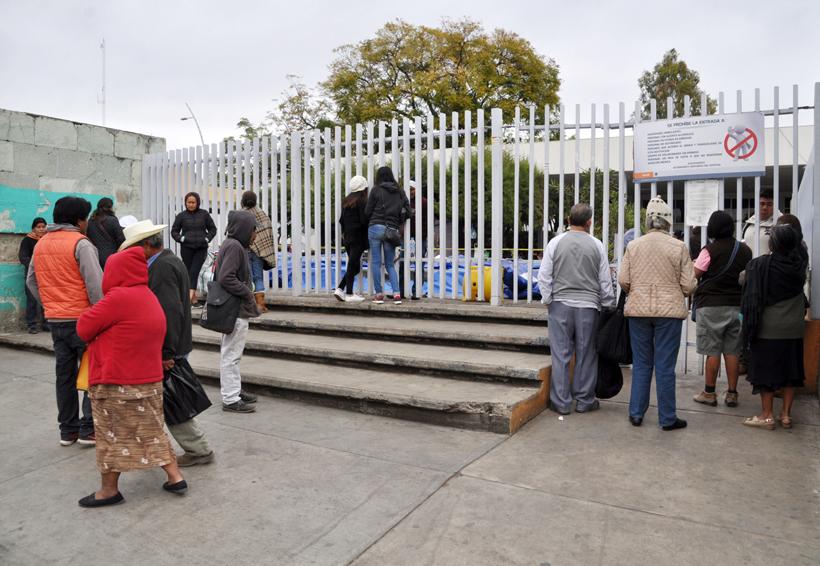 Determina Sección 35 de los Servicios de Salud de Oaxaca seguir en paro | El Imparcial de Oaxaca
