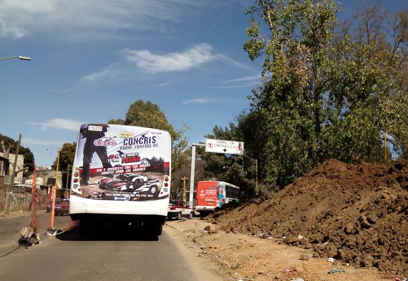 Afecta obra, circulación vial sobre el periférico de Oaxaca