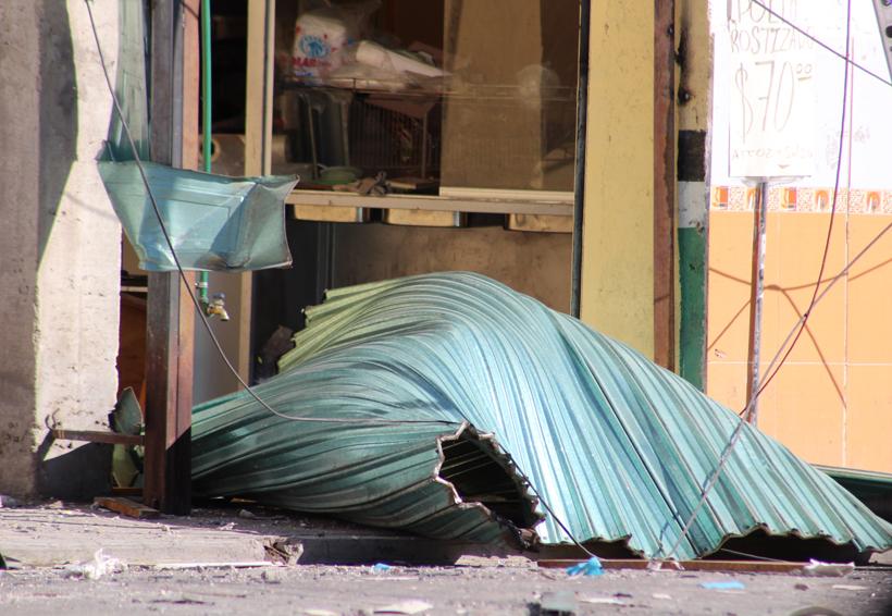 Explota tanque estacionario en Huajuapan de León, Oaxaca