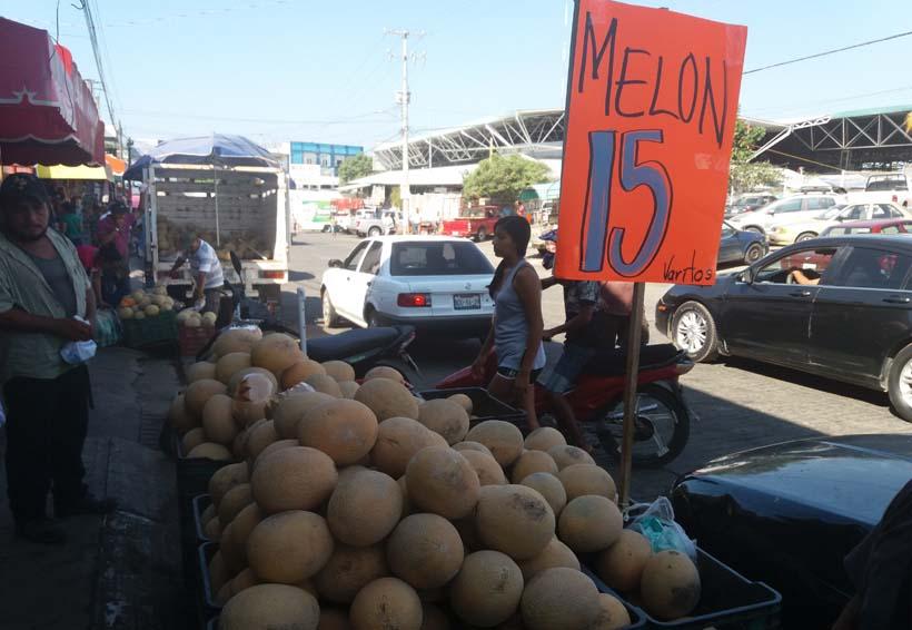 Comerciantes de Puerto Escondido especulan