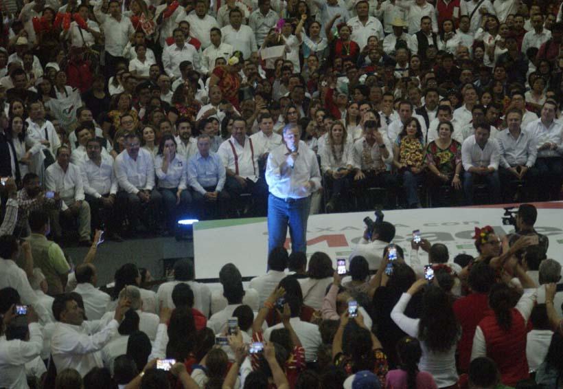 Respaldan militantes del PRI a su precandidato en Oaxaca | El Imparcial de Oaxaca