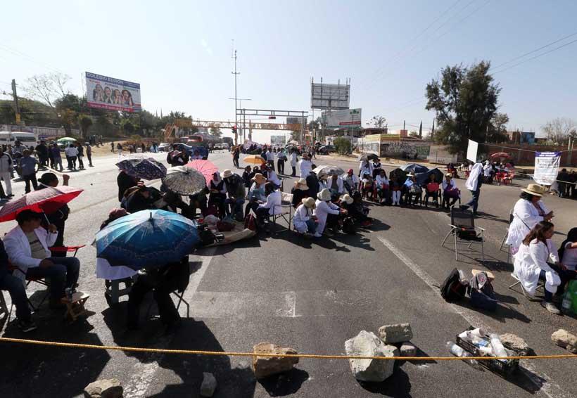 Registra Oaxaca en un día 16 bloqueos | El Imparcial de Oaxaca