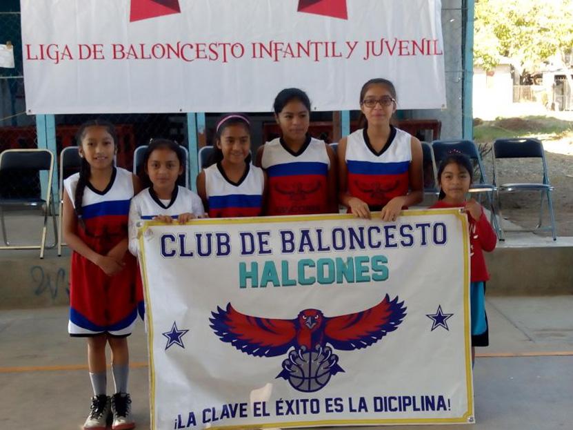 Ya bota el balón en la Colosio | El Imparcial de Oaxaca