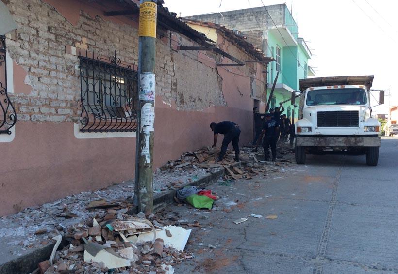 Damnificados de Pinotepa Nacional por sismo de 16-F aseguran que  no han recibido apoyo