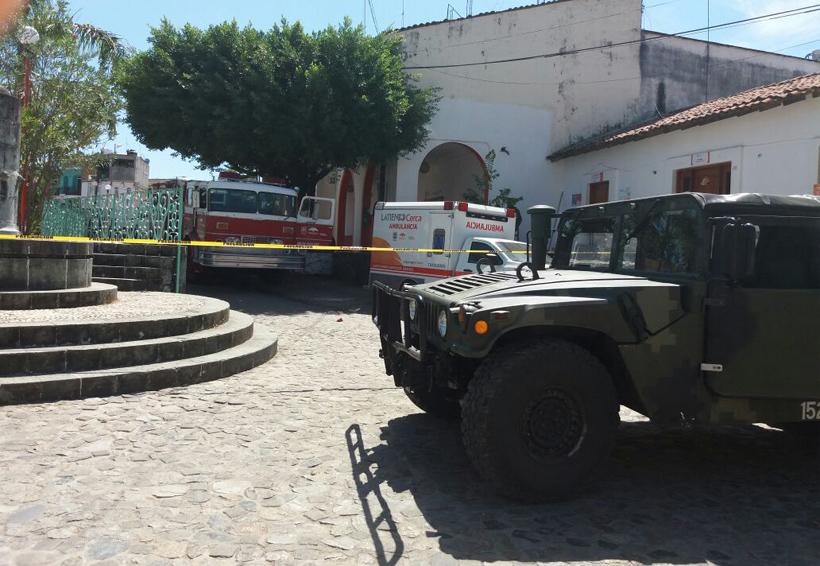 Lanzan artefacto explosivo contra en el municipio de Santa María Huatulco, Oaxaca