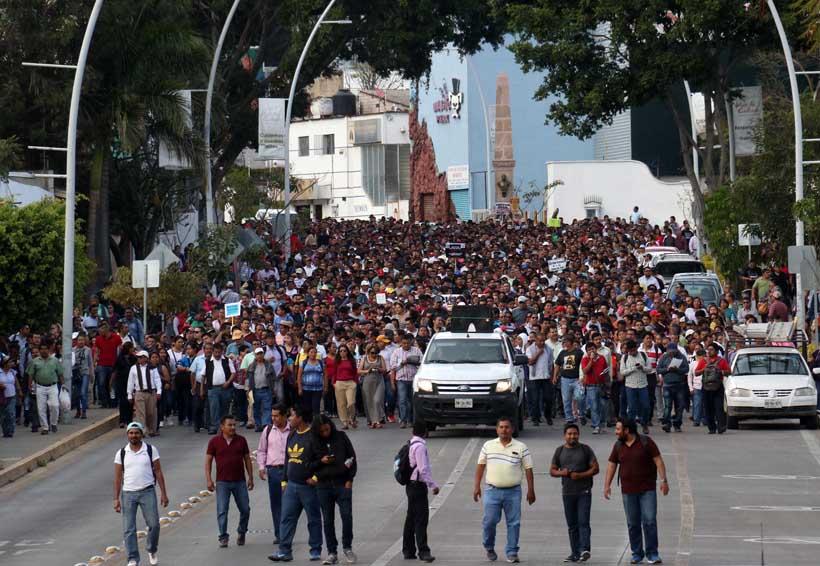 Rechaza Sección 22 reelección de Díaz de la Torre en SNTE | El Imparcial de Oaxaca