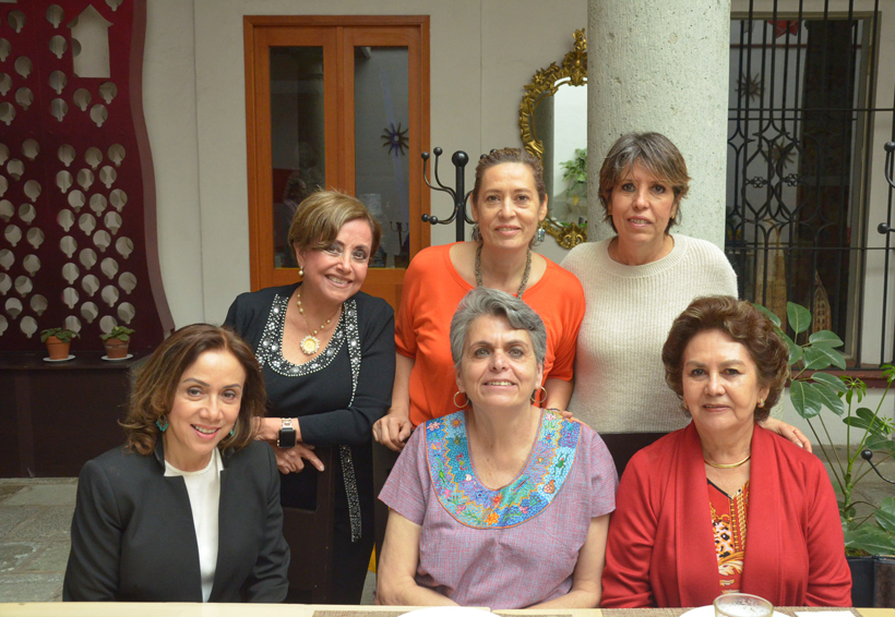 Felicitan a  Teresa   El Imparcial de Oaxaca