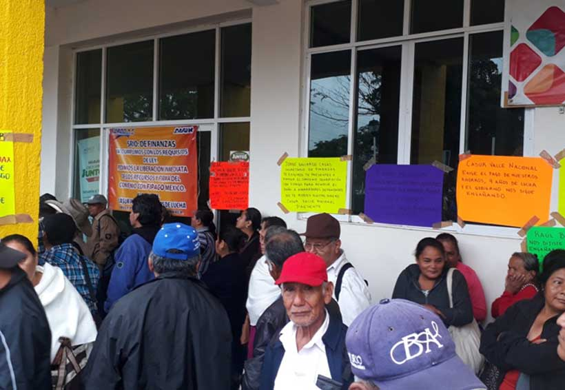 Municipio de Tuxtepec atiende a defraudados de Casur | El Imparcial de Oaxaca