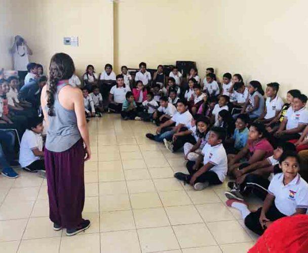 Organizaciones sociales conviven con estudiantes del Istmo de Oaxaca