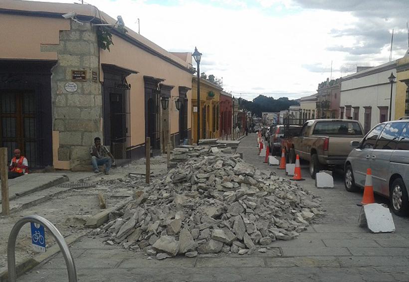Por enésima ocasión denuncian obra inconclusa en el centro histórico de Oaxaca | El Imparcial de Oaxaca