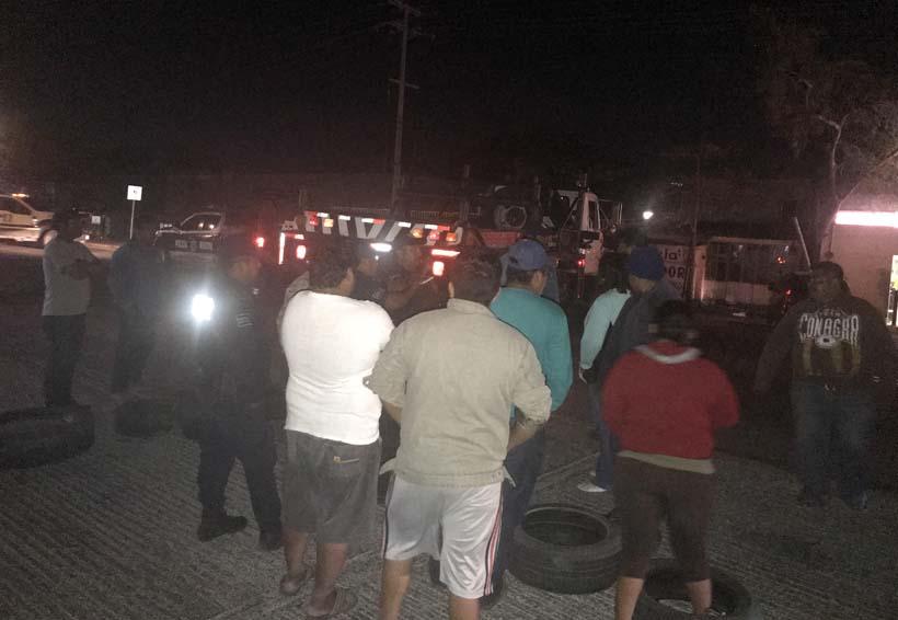 Protestan contra CFE en Juchitán, Oaxaca