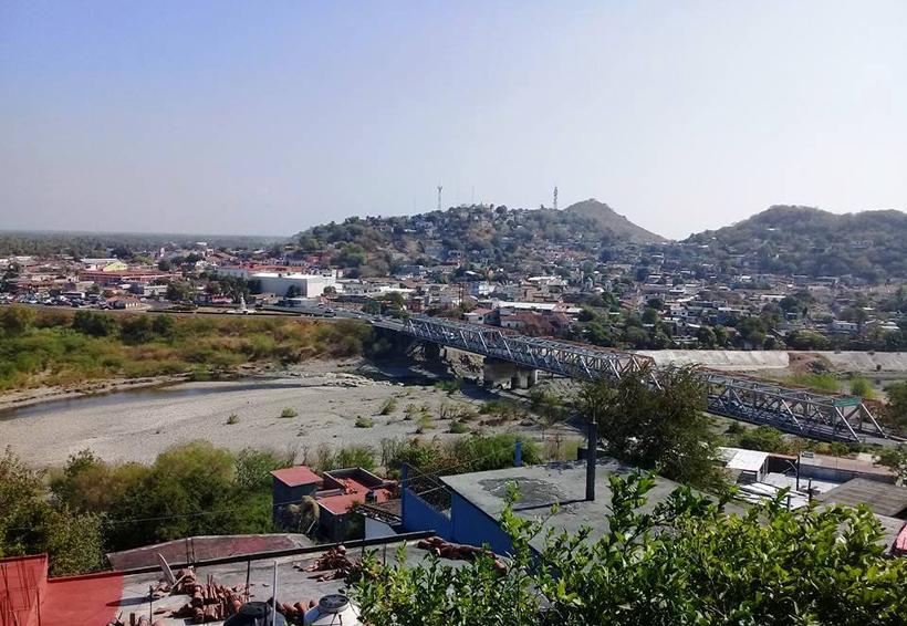 Sin agua habitantes de Santo Domingo Tehuantepec, Oaxaca | El Imparcial de Oaxaca