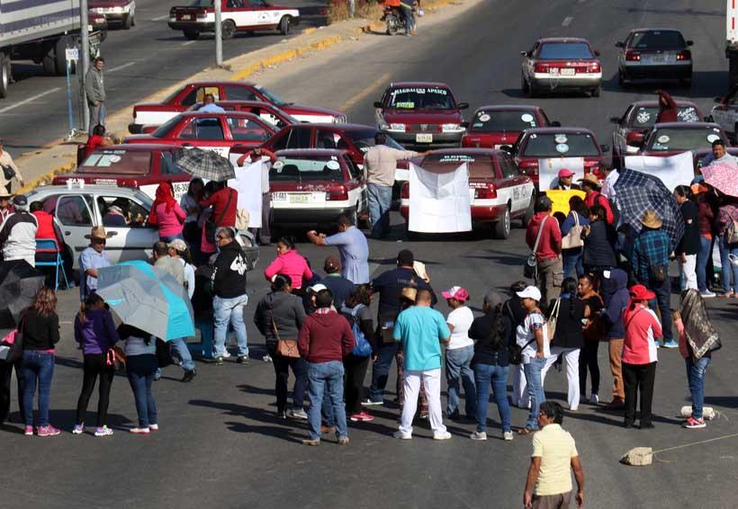 En medio de protestas, cede Salud de Oaxaca a pagar a eventuales | El Imparcial de Oaxaca