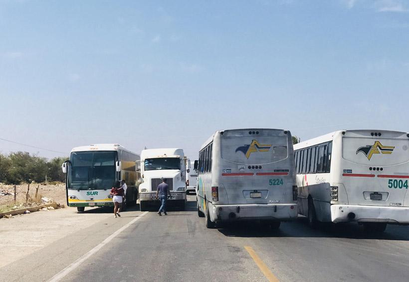 Usuarios del transporte se quejan del alto costo en Juchitán, Oaxaca | El Imparcial de Oaxaca