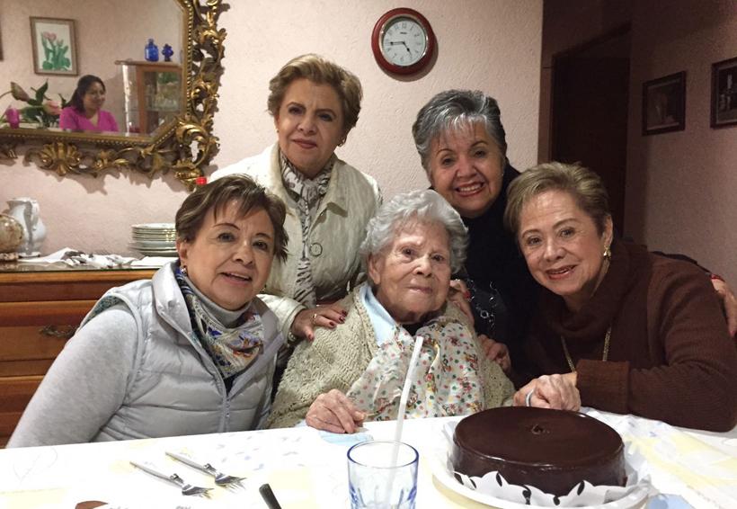 Doña Mina  cumple 103 años | El Imparcial de Oaxaca