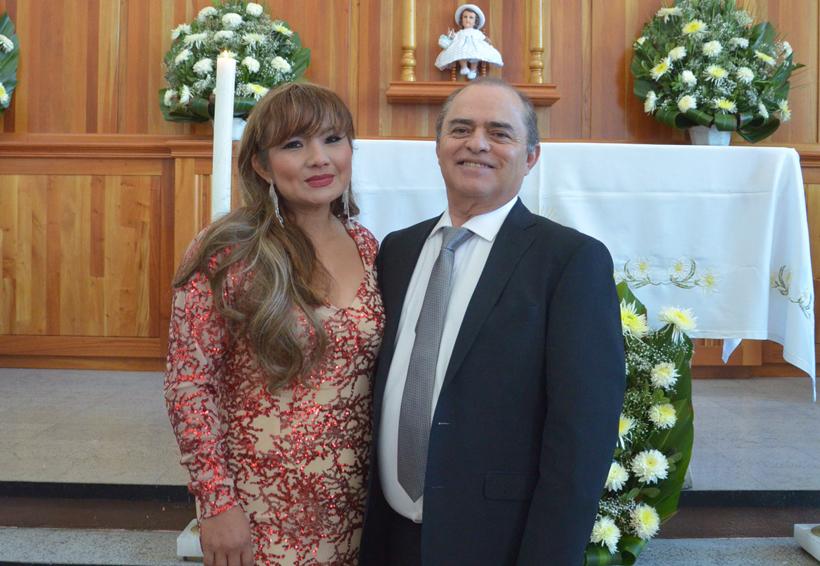 Festejan  sus  bodas de plata
