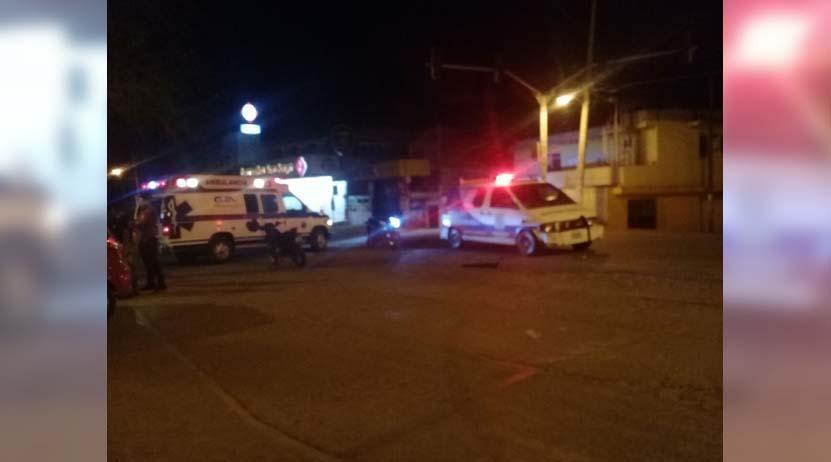 Choca auto particular contra una ambulancia en Huajuapan de León, Oaxaca | El Imparcial de Oaxaca